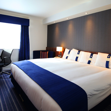 Glenrothes-Hotel-Express-Family-Bedroom.jpg
