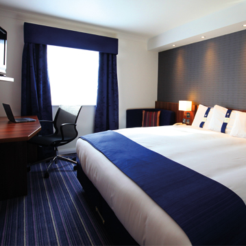 gatwick-hotel-bedrooms-cheap.jpg